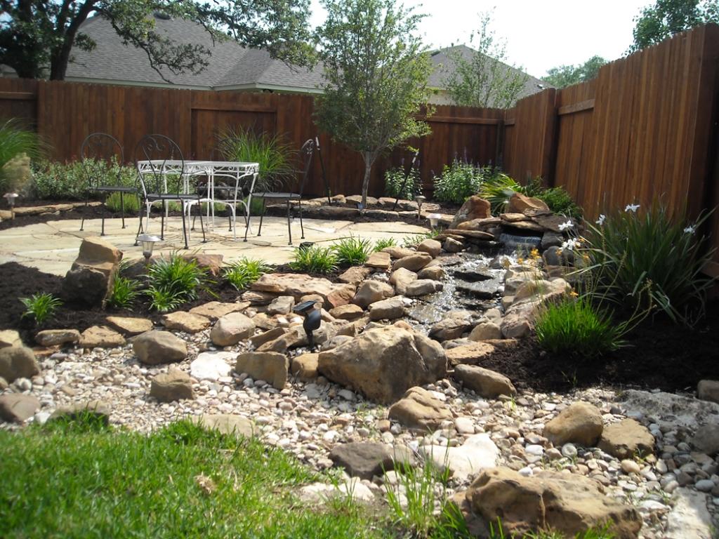 river rock homw blue rock landscape materials