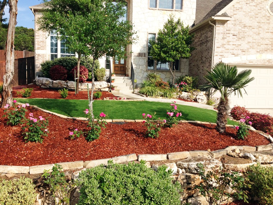 front yard landscaping ideas with mulch